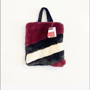 Molliolli Black  Burgund Thunder Faux Fur Hand Bag